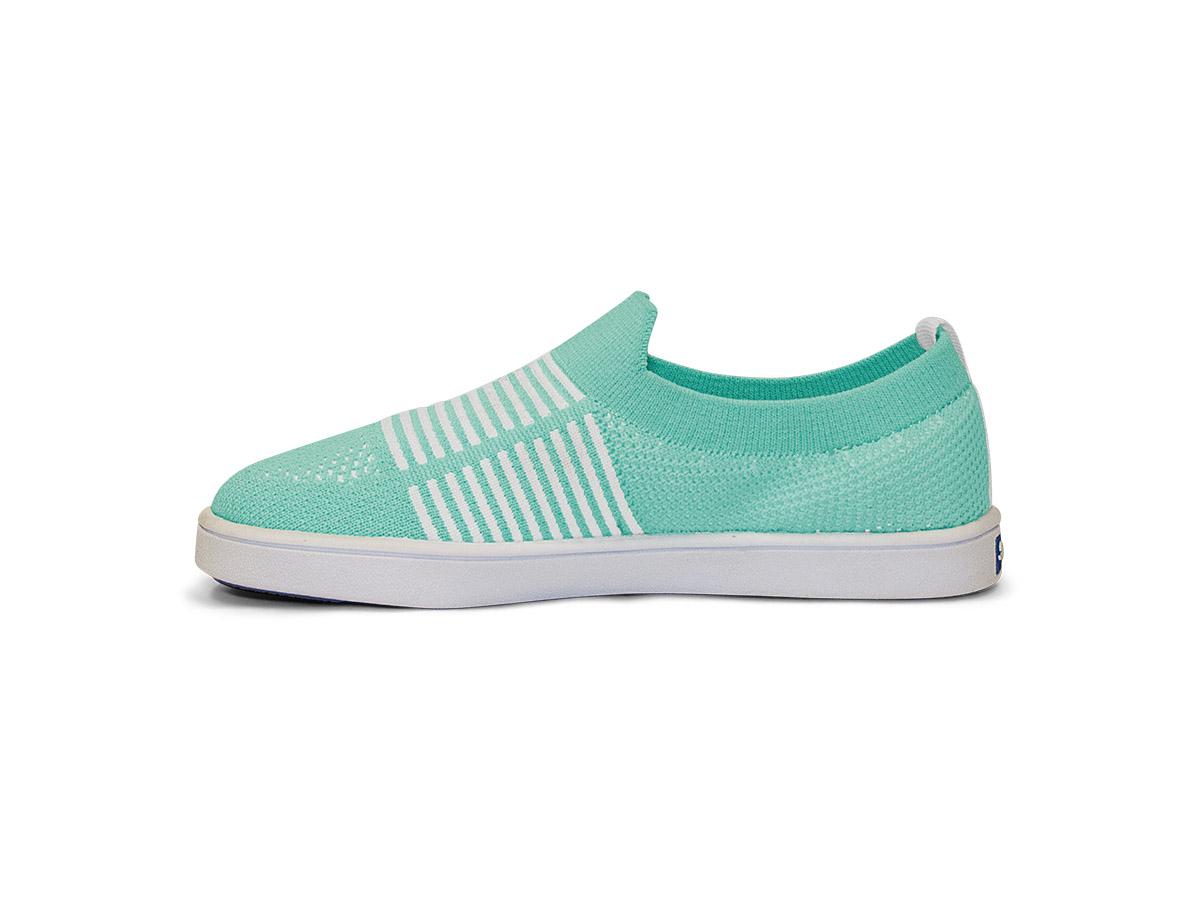 MOMENTUM_CAROLINE_V7SOK63-SLIPON-LightTurquoise-White_05