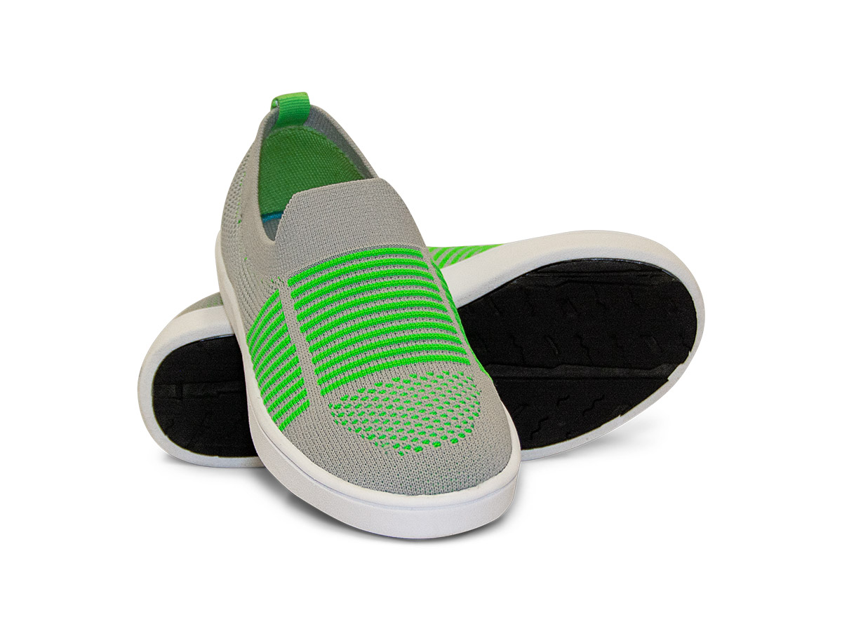 MOMENTUM_CAROLINE_V7SOK65-SLIPON-Grey-Green_01